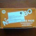 Родная коробочка с колодками Nisshinbo очень небольшая, цвета детской неожиданности :)