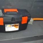 Ящик высокий и узкий, как раз по форме багажника Pajero Jr.