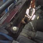 Моторный отсек Pajero Jr. после снятия старого радиатора