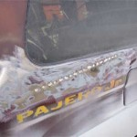 Следы нерадивого кузовного ремонта вмятины на кузове Pajero Jr.