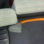 Более узкий и высокий ящик удобнее тем, что позволяет откинуть спинки задних сидений максимально.