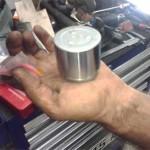 Поршень тормозного суппорта Pajero Jr. после очистки - осталось смазать перед установкой в суппорт с новым сальником