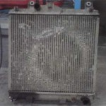 Старый радиатор после снятия оказался весь забит до крайности